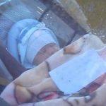 Ostavila je bebu samu u kolima, a poruka koju je napisala ŠOKIRALA JE LJUDE (VIDEO)