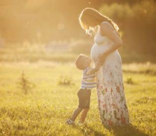 SAZNAJTE : Kako je to prva trudnoća drugačija od druge