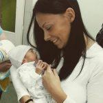 Treći deo priče o blizancima od kojih je jedan izborio bitku za život iako je požurio da vidi majku!