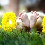 9 iznenađujućih činjenica o bebama koje su rođene na leto – i kako utiču na njenu budućnost