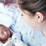 Beba se zaglavila u karlici i počela da se guši,ja više i ne znam za sebe.:Bio je to trnovit put do sreće,jako težak porođaj.