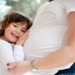 Beba se pomera u majčinom stomaku samo iz ovog razloga