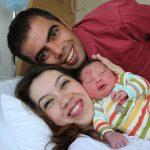 """Specijalna beba iz Turske koja je """"odlučila"""" da svojim roditeljima na rođenju zahvali na neubičajeni način."""