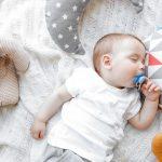 REŠENJE IZ SNOVA: Uspavajte vašu bebu za jedan minut! (VIDEO)