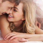 Ovih 5 stvari bi svaka žena trebalo da praktikuje u krevetu i strast se nikad neće ugasiti!