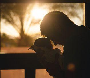 EMOTIVNO VREDNO DA PROČITATE :Za sve tate koji su ostavili svoje mališane.