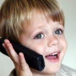 Dečak (5) je pozvao Hitnu službu i pitao gde mu je majka! Iskusni policajci su PLAKALI KAO KIŠA, a i vi ćete kada pročitate