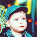 STRADAO U OČEVOM ZAGRLJAJU Marko (2) poginuo je samo 10 dana nakon rođendana i najmlađa je žrtva NATO bombardovanja