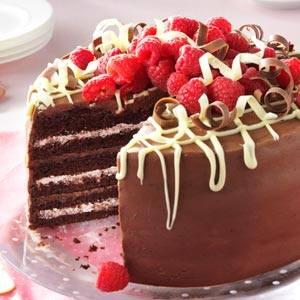 čokoladna-torta-sa malinama